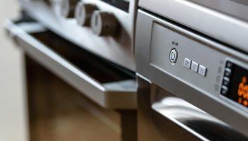 Cooker, Oven + Hobs